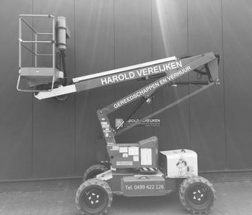 Hoogwerker 12 meter zelfrijdend 4x4