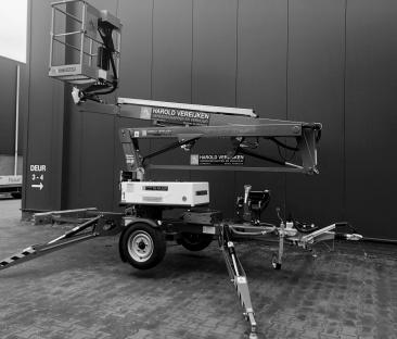Hoogwerker aanhanger knikarm 12 m werkhoogte accu