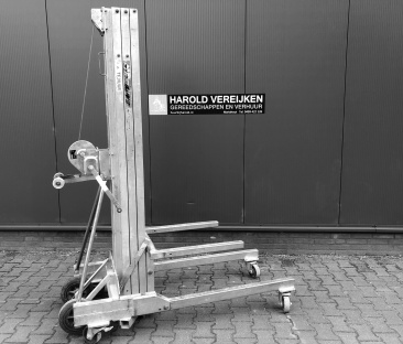 Kanalenlift 300 kg. 5.75m