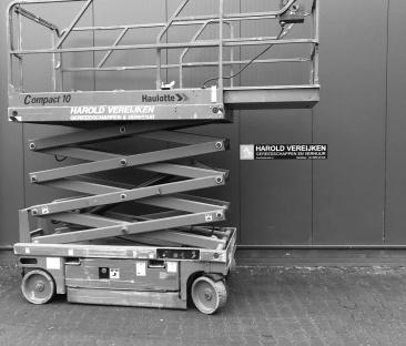 Hoogwerker schaar 10 m werkhoogte 1.20m breed