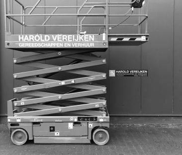 Hoogwerker schaar 12 m werkhoogte 1.20m breed